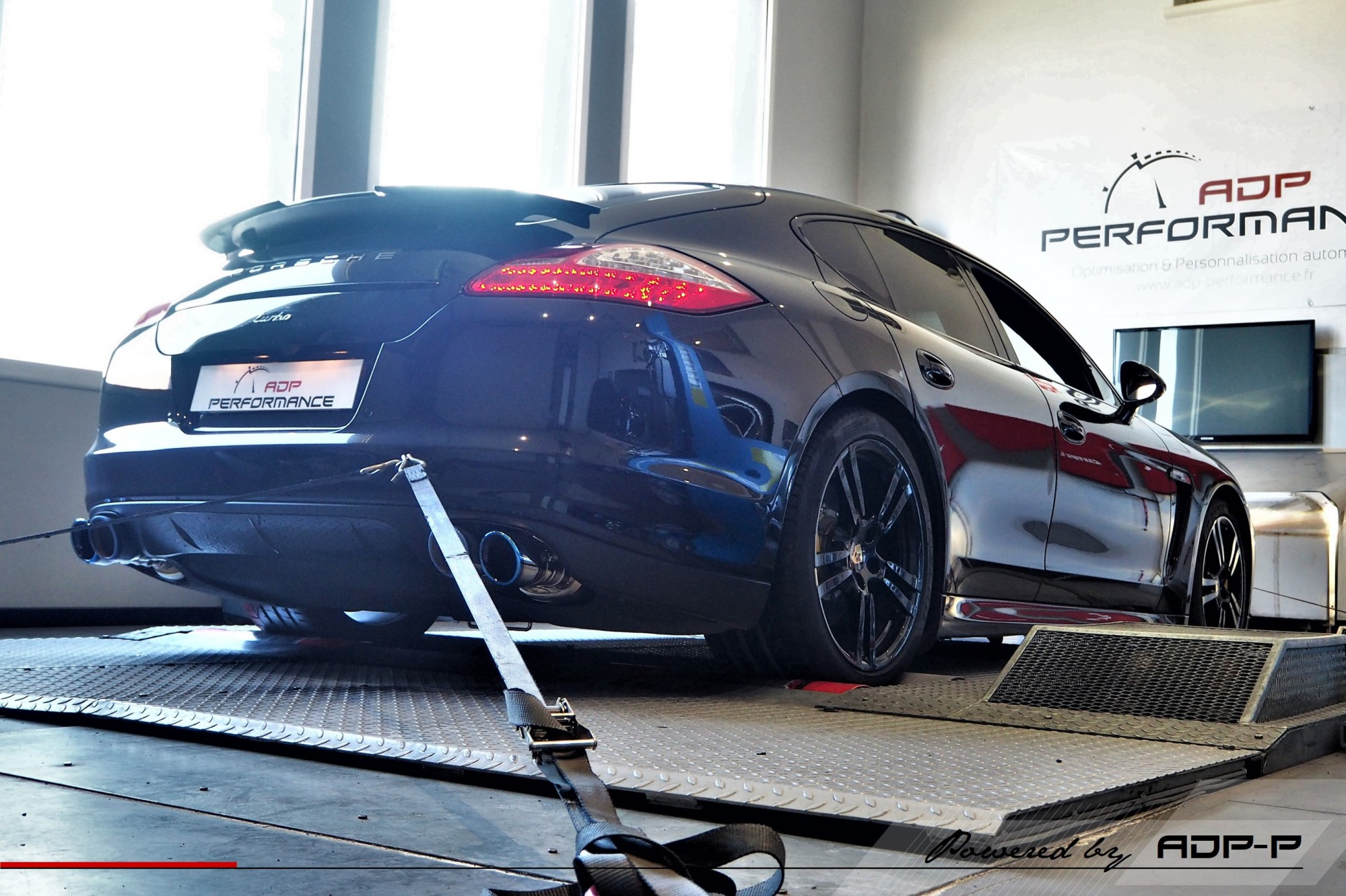 RaceChip Ultimate Cabries - Porsche Panamera Turbo - ADP Performance