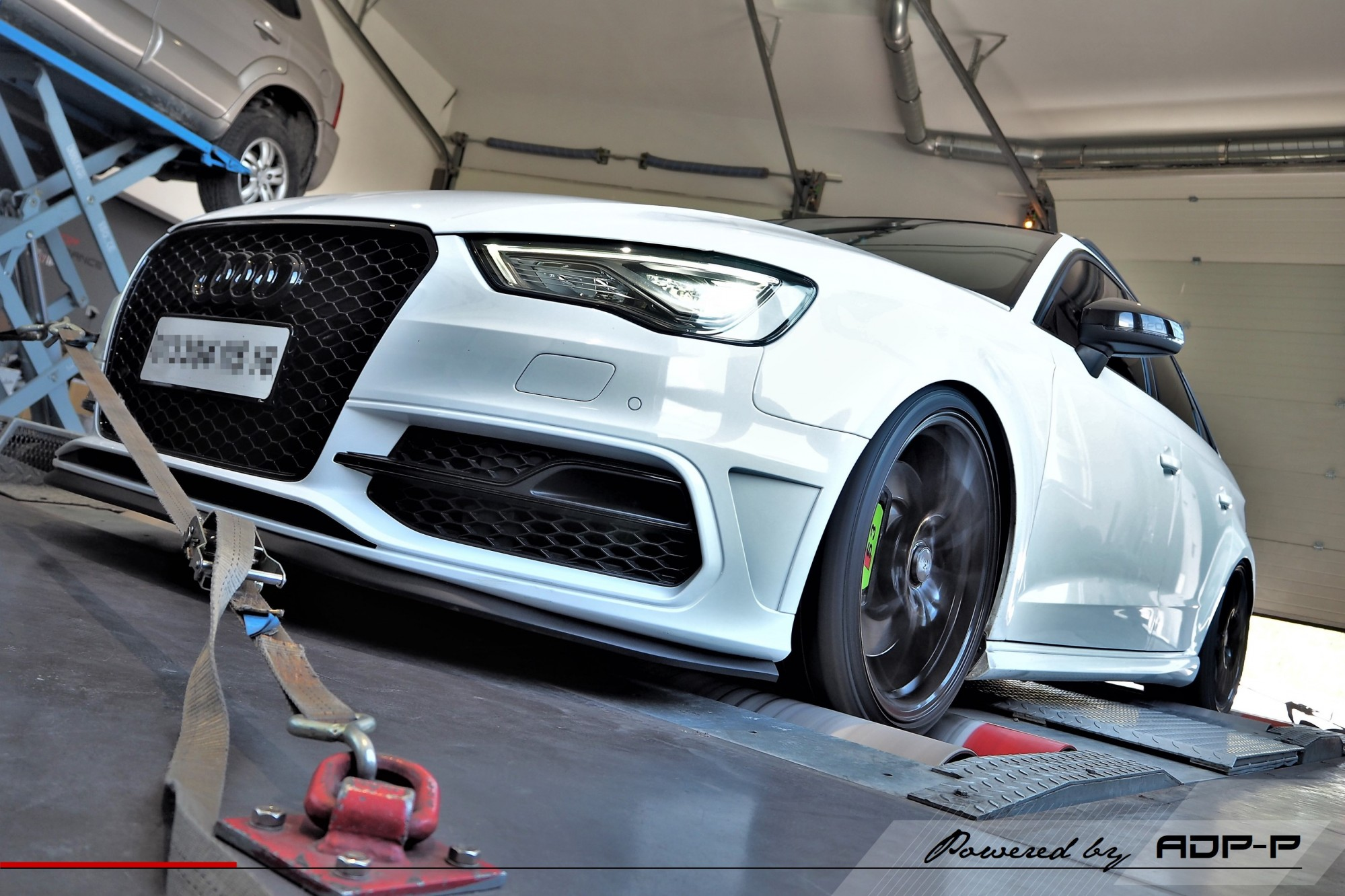 Reprogrammation moteur Stage 2 Salon de Provence - Audi S3 8V 2.0 TFSI 300cv - ADP Performance